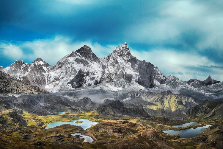 Snowy Mountains and Lakes, Break the Routine and Add Adventure to your Life