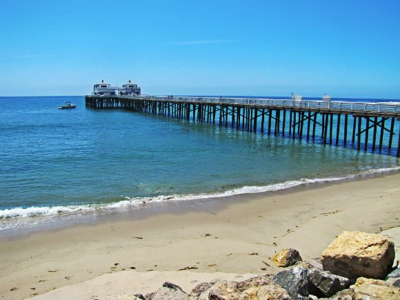 Malibu 39 s pier surf and birds tanama tales for Do you need a fishing license on a pier