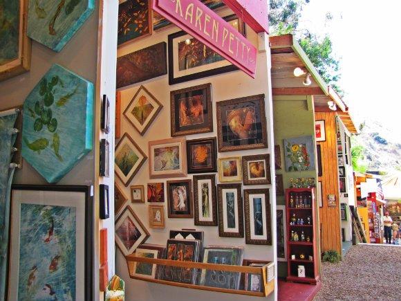 Alley between booths, Sawdust Art Festival, Laguna Beach, California