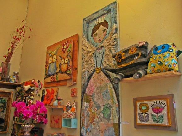 Princess and owls, Sawdust Art Festival, Laguna Beach, California