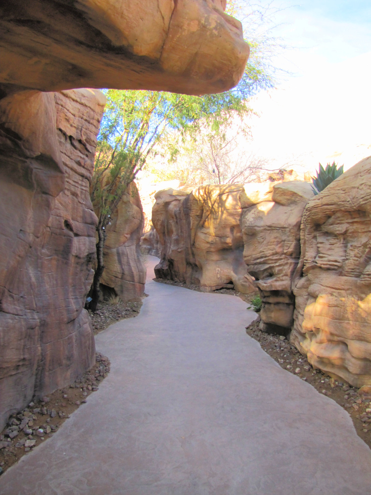 Canyon leading to the ticketing office
