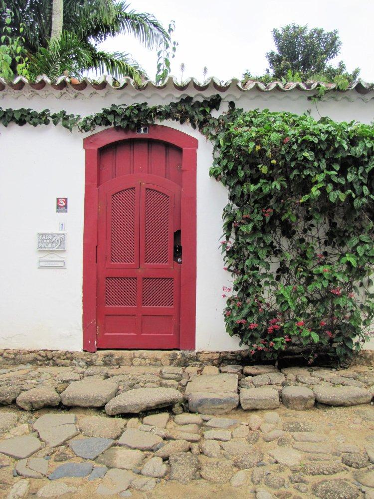 Red door at Paraty, Rio de Janeiro (Brazil)
