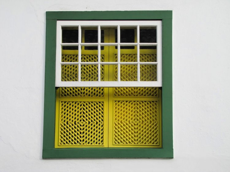Green and yellow window in Paraty, Rio de Janeiro (Brazil)