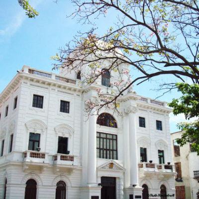 Casco Antiguo: Walking Panama City's Old Town