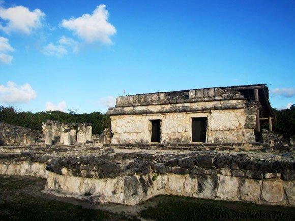 Building at El Rey