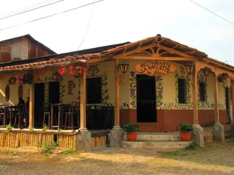 Things to do in Ataco El Salvador, Restaurant