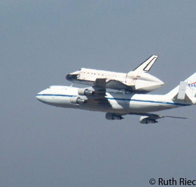 Endeavour Shuttle Arriving to LAX