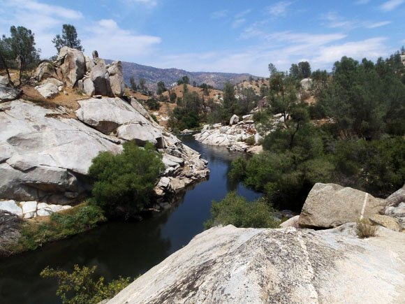 Walking from Hobo to Sandy Flats, Lower Kern River, California
