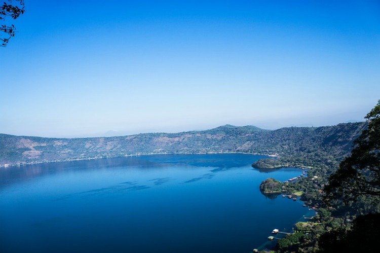 Lakes in El Salvador, Facts About El Salvador, Weird Facts about El Salvador