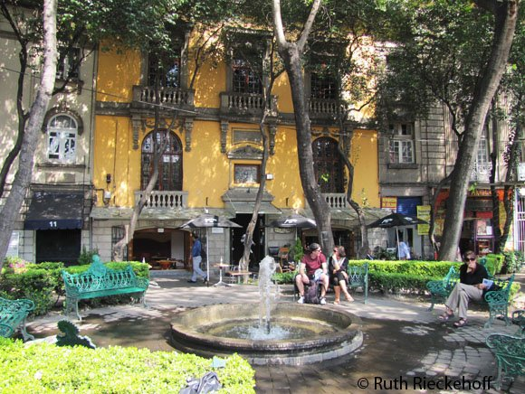 Plaza at Colonia Roma