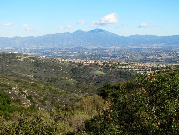 Irvine and Lake Foerst seen from Alta Vista Park