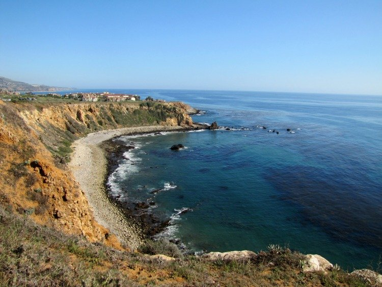 Pelican Cove seen from a high point. #PalosVerdes #SouthBay #California #travelphotography #LosAngeles