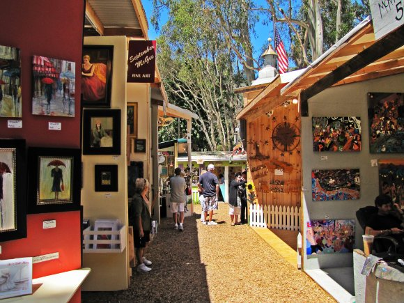 Alley between booths, Sawdust Art Festival, Laguna Beach, California