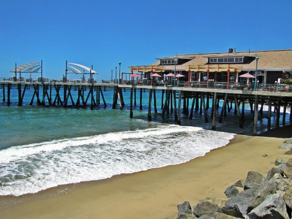 California piers facts and photos tanama tales for Redondo beach pier fishing