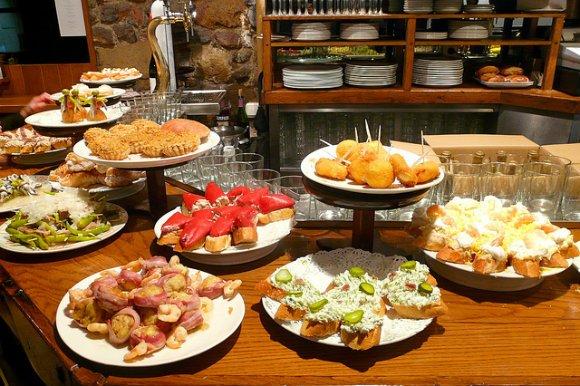 The best places to sample tapas in barcelona tanama tales for De tapa en tapa las palmas