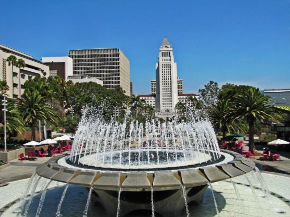 Fountain in Grad Park,  Los Angeles, California