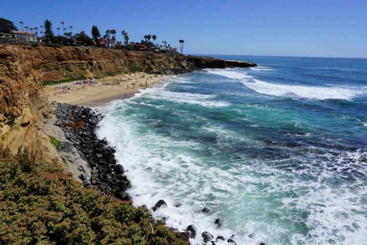 Sunset Cliffs Beach, San Diego, California