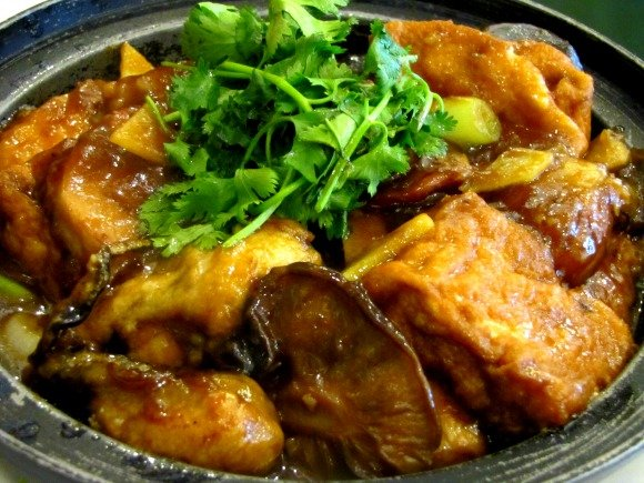 Seafood and pork claypot from CBS Seafood, Chinatown, Los Angeles, California