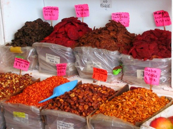 Fruta enchilada, Mercado Hidalgo, Tijuana, Mexico
