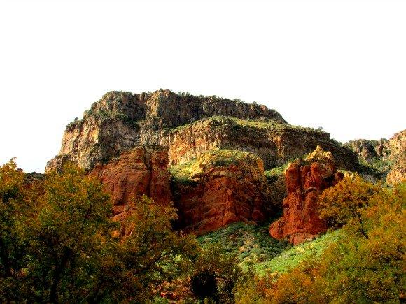 Red rocks in the south Oak Creek Canyon area, Sedona, Arizona