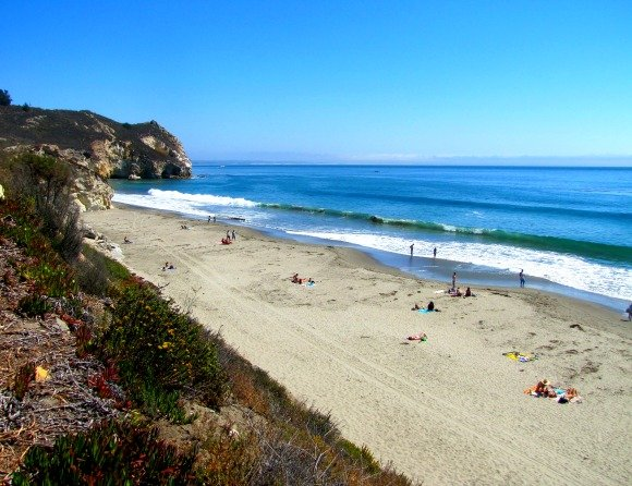 Main Beach (with Fossil Point in the distance) in Avila Beach, California