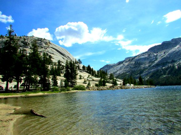 Tenaya Lake, Yosemite National Park, California
