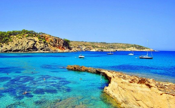 Cala_Xarraca,_Ibiza,_Islas_Baleares,_Spain_(Europe)_(26541758205)