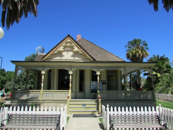 Fullerton, Places to go in Orange County
