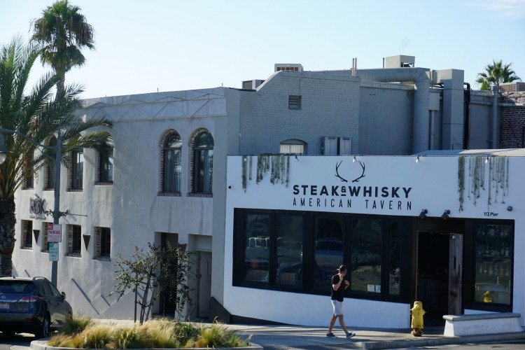 Steak & Whiskey, Restaurants in Hermosa Beach, California