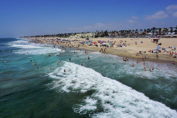 Huntington Beach seen from the pier, LA to San Diego Drive