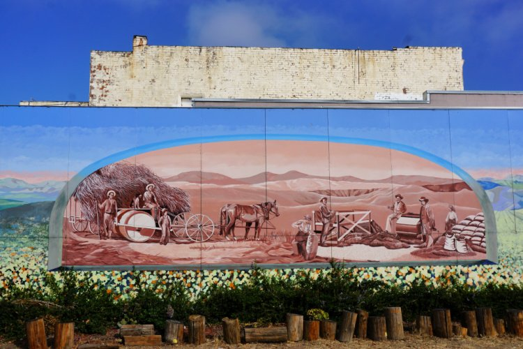 What to do in Lompoc, Mural in Lompoc, California