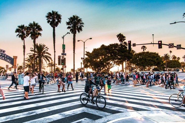 One Day in Los Angeles: Itinerary for First-Time  Visitors, Ocean Boulevard in Santa Monica