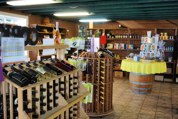 Antelope Valley Winery tasting room and gift shop, Lancaster, Things to do in Lancaster, California