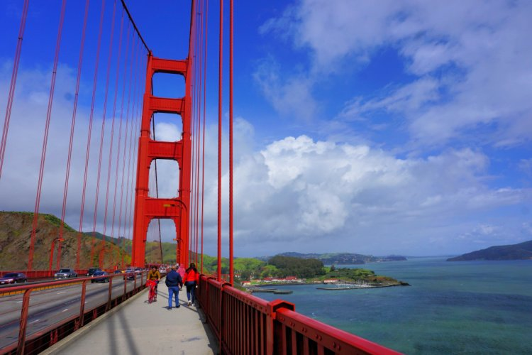 Crossing the Golden Gate Bridge on Foot, San Francisco, California