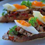 Barsha bruschetta with tuna and egg