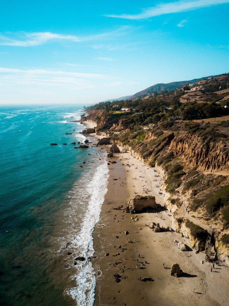 Blend in, El Matador Beach, Malibu, Los Angeles to Santa Barbara Drive