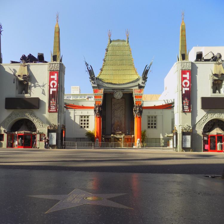 Chinese Theater in Hollywood Boulevard, 2 Days in Los Angeles