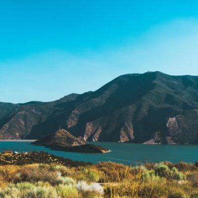 Best Lakes in Los Angeles, California, Pyramid Lake Near Los Angeles